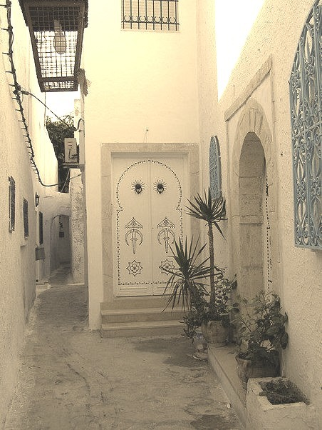 Narrow streets of Hammamet, Tunisia