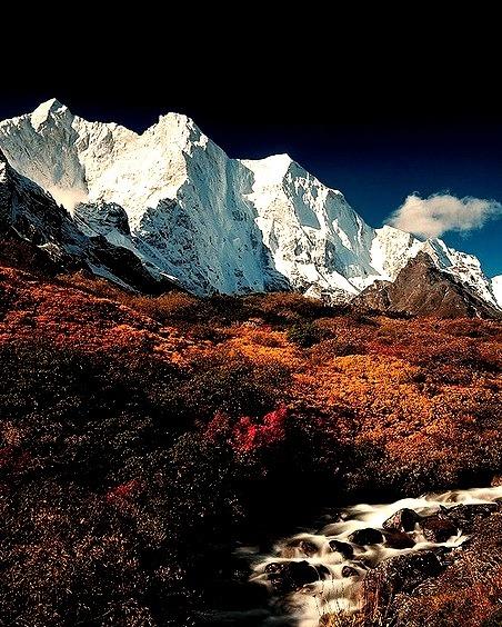 Autumn in Karta Valley, Himalayas, Tibet